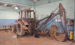 Трактор с ковшом. Экскаватор одноковшовый на базе