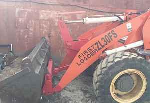 Фронтальный погрузчик first loader zl30