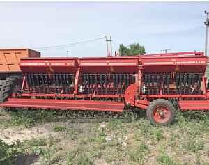 Сеялка зерновая Червоно зирка 5,4 с туковысевающим