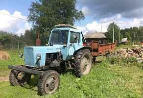 Трактор с телегой