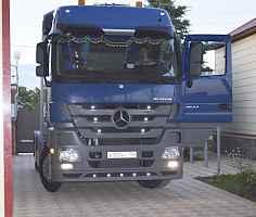 Mercedes-Benz Actros (седельный тягач)