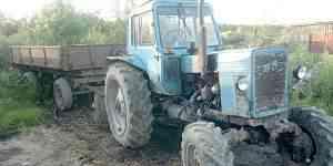 Трактор мтз-82 с прицепом