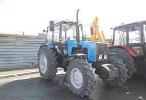 новый трактор Б-1221.2
