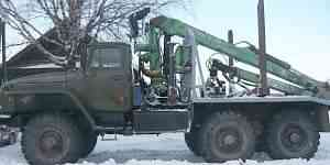 Урал 5557 Лесовоз