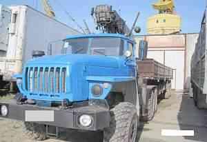 Урал-44202 полуприцеп с гидроманипулятором 5 тонн