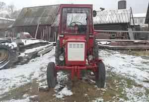 Трактор Т-25 с навесным оборудованием