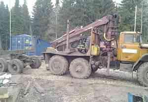 Лесовоз Урала 4320, с манипулятором