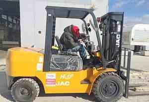 Вилочный автопогрузчик JAC cpcd 25