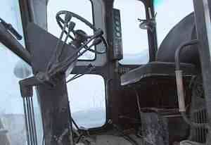 автогрейдер в отличном состоянии, 2002 года