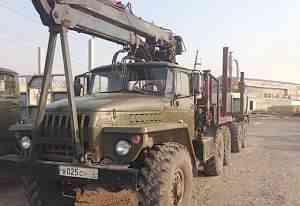 Урал 4320 с установкой и прицепом-роспуско