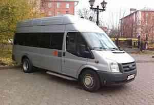 Микроавтобус Форд 2010