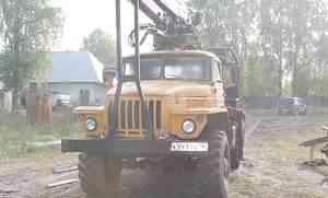 Лесовоз Урал 5557 с Гидроманипулятором омтл 70-02