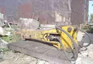 Гидравлический молот JCB HM 1050 на экскаватор