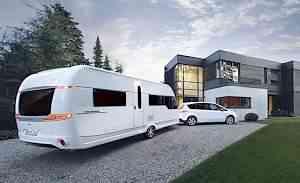 Hobby Caravan Premium 650UFF 2012 года