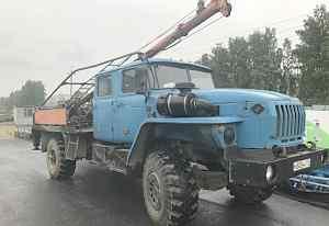 Бкм-515 бурильно-крановая на базе Урал