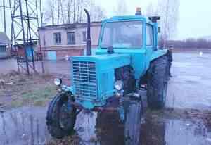Трактов мтз-80, год выпуска 1988(цвет синий)