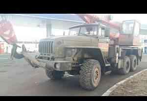 Автокран Урал 25 тонн вездеход