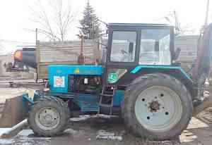 Экскаватор-погрузчик эо-2621В-3 на тракторе мтз-82